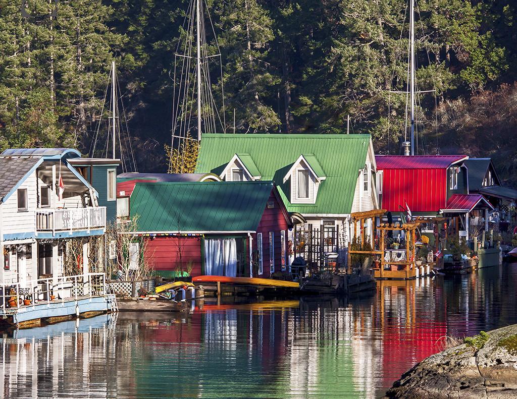 Maple Bay Marina - Maple Bay. BC